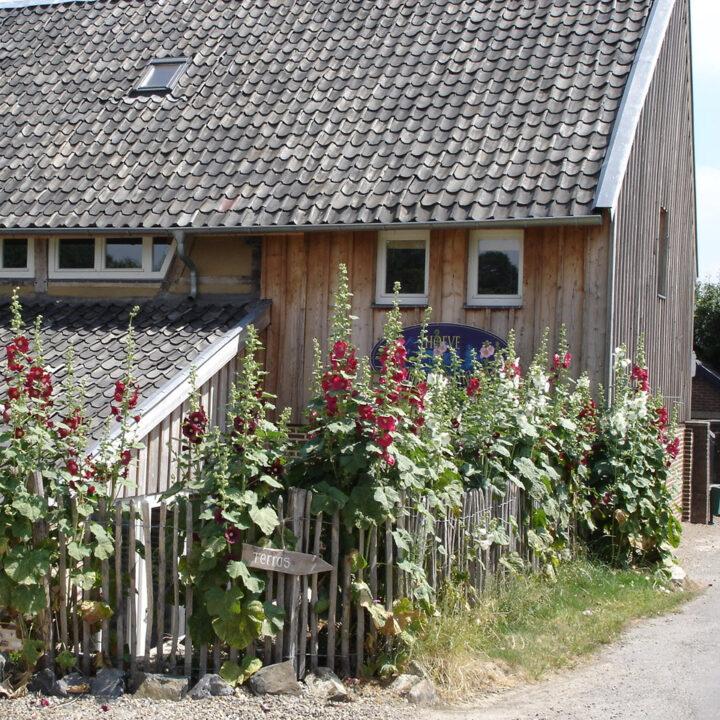 Authentieke hoeve in Zuid-Limburg met vakantie appartementen