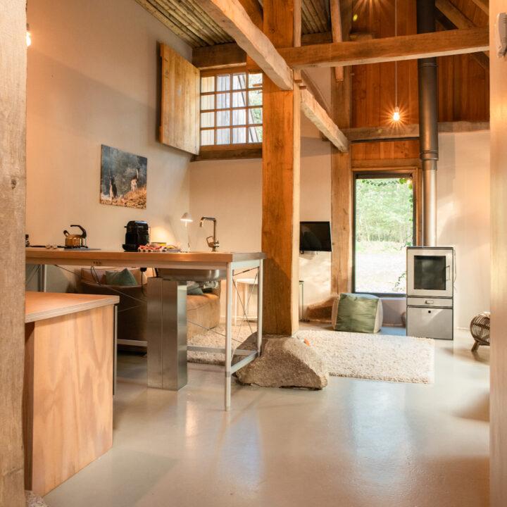 Boerderij lodge met strak design interieur