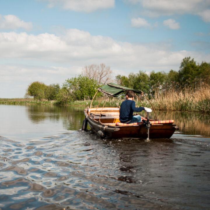 Fluisterboot in de Alblasserwaard