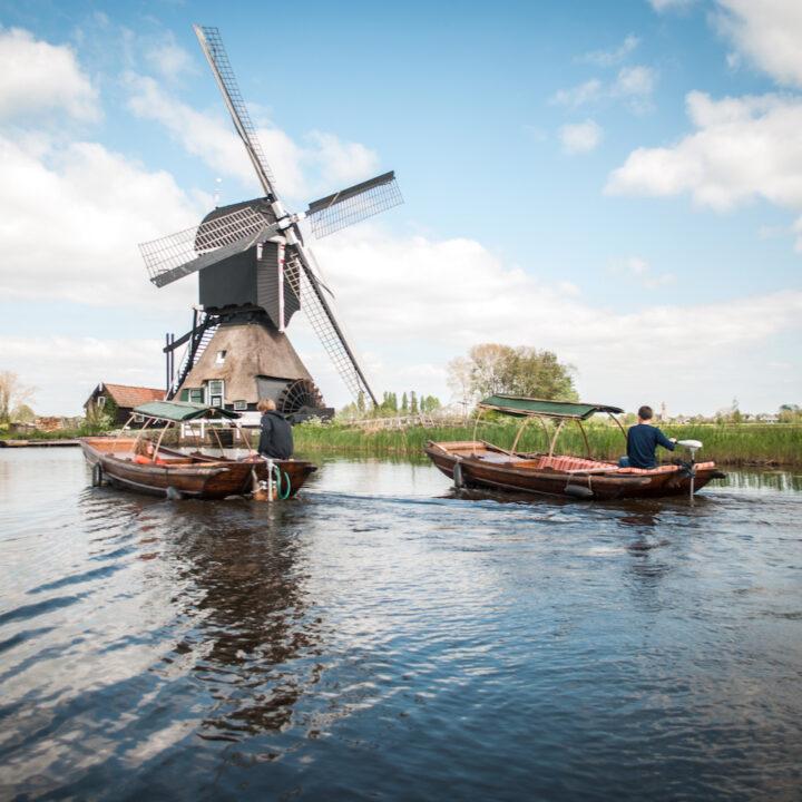 Fluisterboten bij een molen