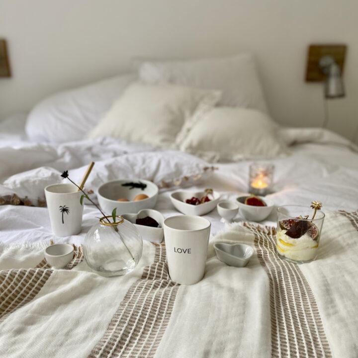 Ontbijt op bed bij Slapen in het Bos