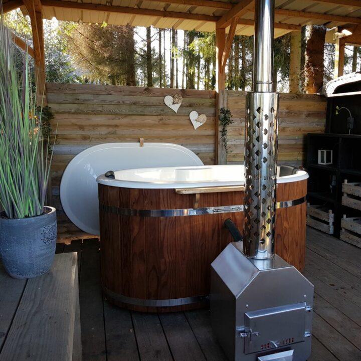 Privé hot tub bij de Luxe Pipowagen