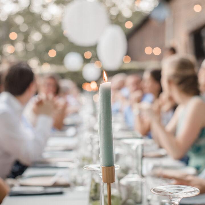 Diner op een bruiloft