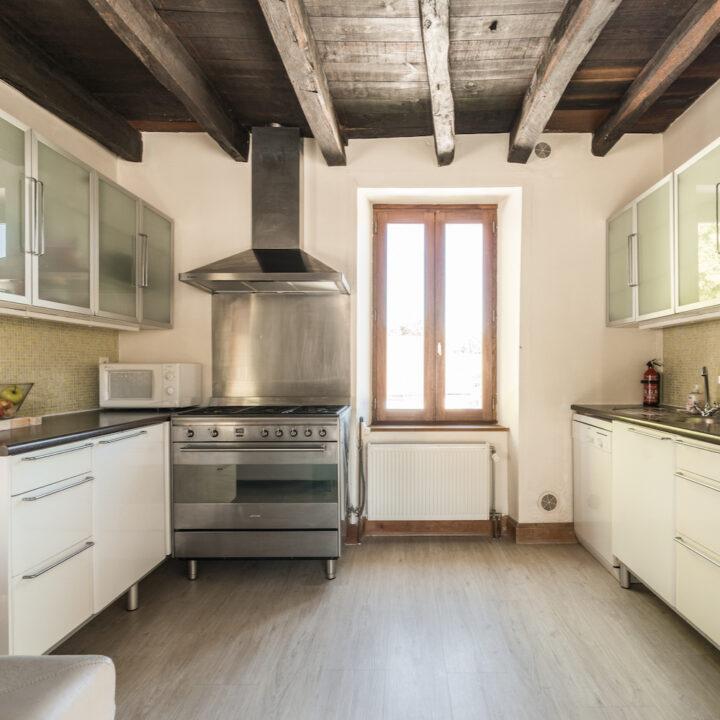 Keuken in het vakantiehuis van La Bastide