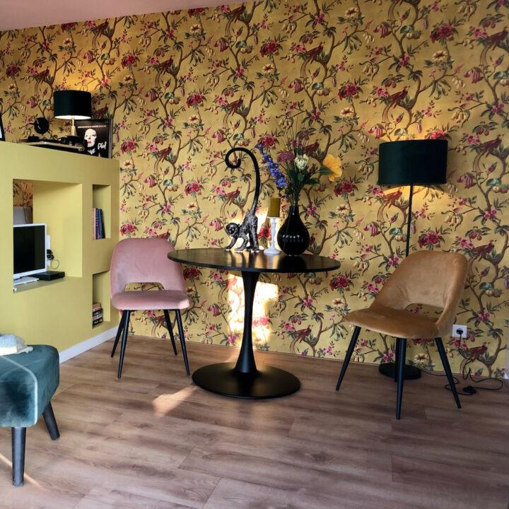 Kleurrijke en trendy bed and breakfast kamer voor een weekendje weg