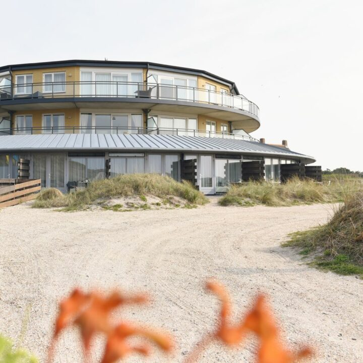Suite complex aan de rand van de duinen