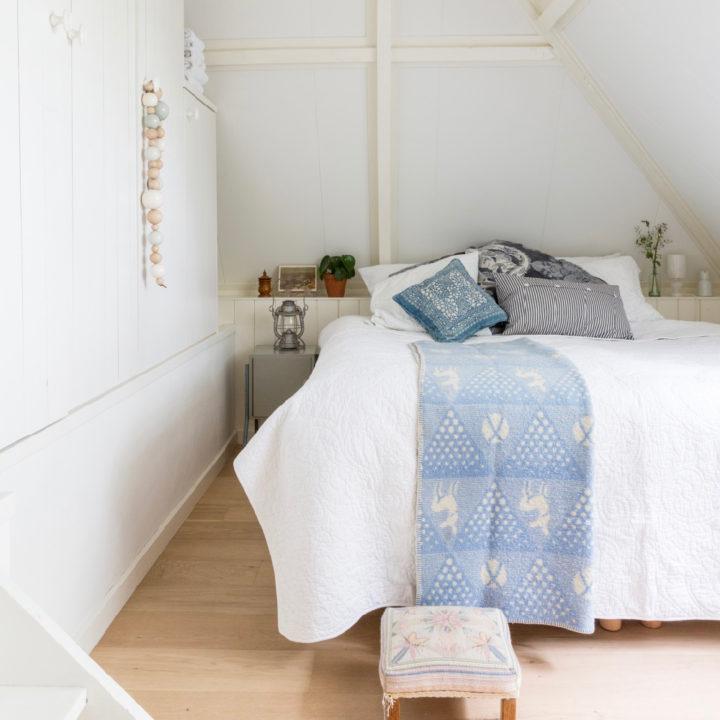 Slaapkamer in het vakantiehuis in Friesland