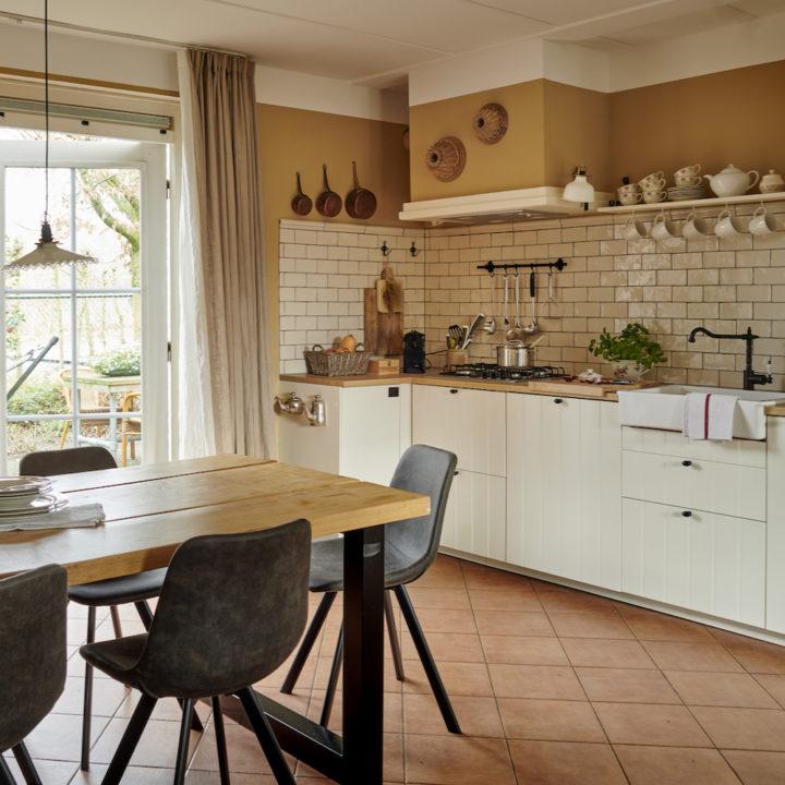 Open keukens in de vakantiewoningen.