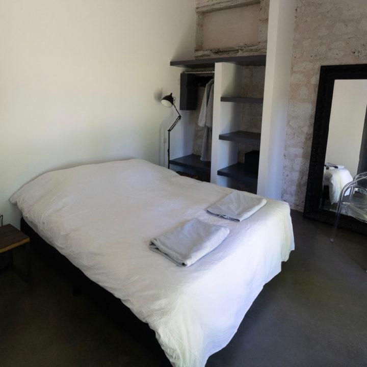 Het mooiste bedlinnen incl. grote badkamerhandoeken, een zwembadhandoek en een ochtend/badjas.