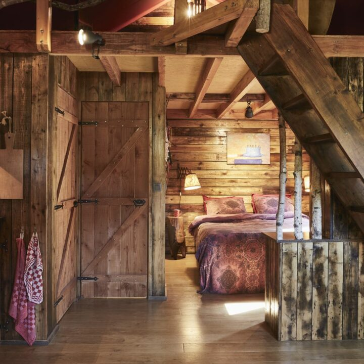 Houten cabin slaapkamer