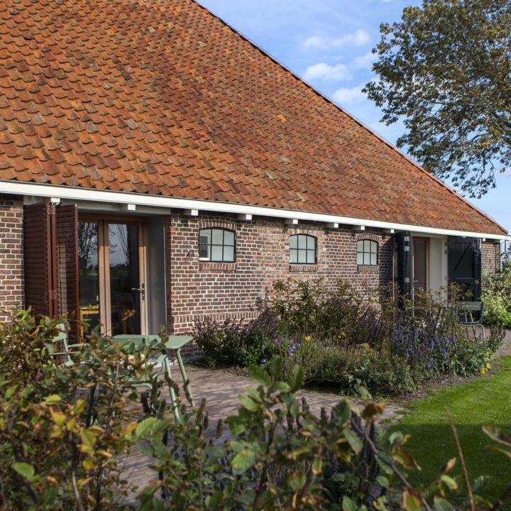 Zijgevel van een Friese stolpboerderij
