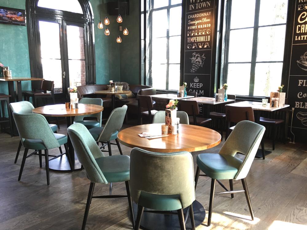 Interieur restaurant Brasa