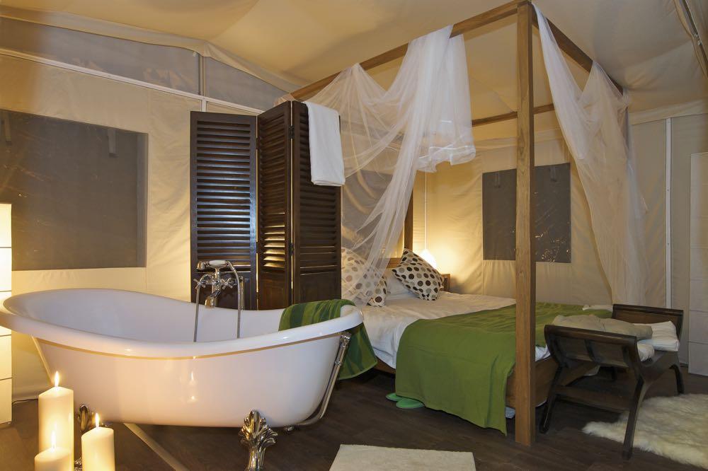 Glamping met de luxe van een hotelkamer
