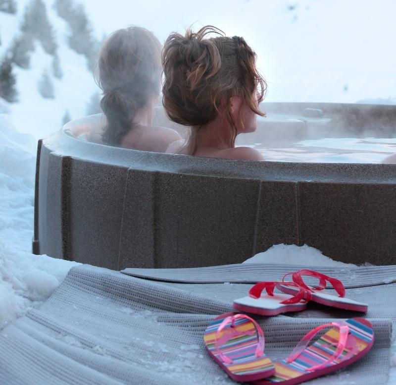 De spa op de Belalp beschikt over een Finse sauna en een biosauna met kruiden van de Alpenweide.