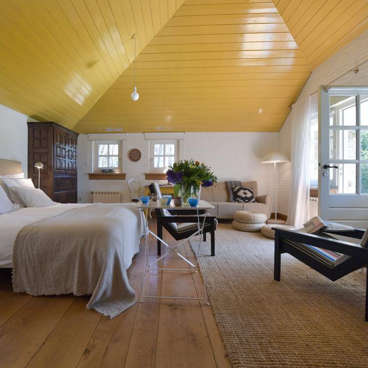 De slaapkamer van Berg en Dal buitenhuisje