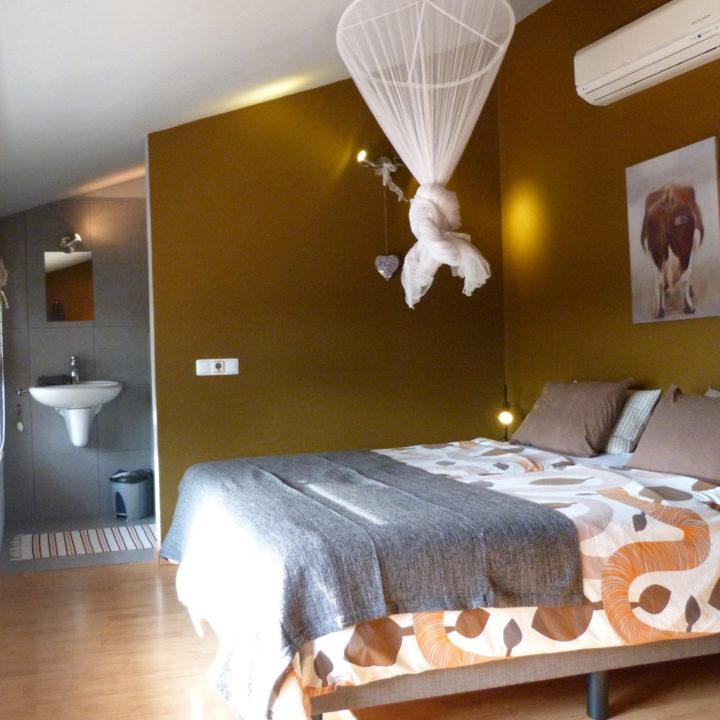 Een van de slaapkamers van Vila Valmonte.