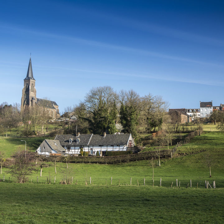 Het dorpje Vijlen met op de voorgrond de Heerlijkheid Vijlen.
