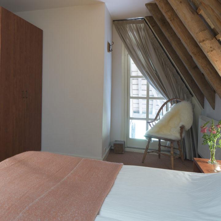 Sfeer overnachten in een luxe en groot vakantiehuis in Brabant