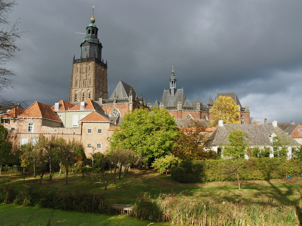De Hanzestad Zutphen gezien vanaf de Martinetsingel.