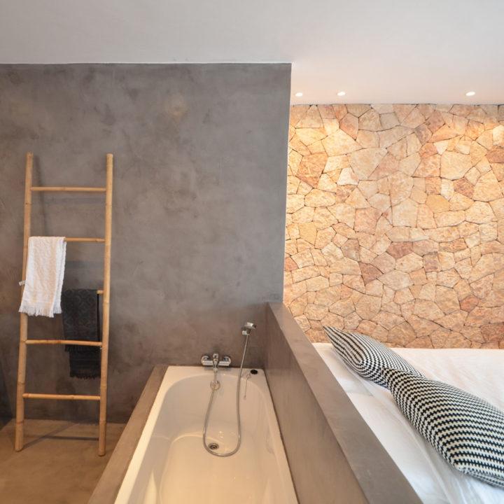 Badkamer met slaapkamer vakantiehuis op Ibiza