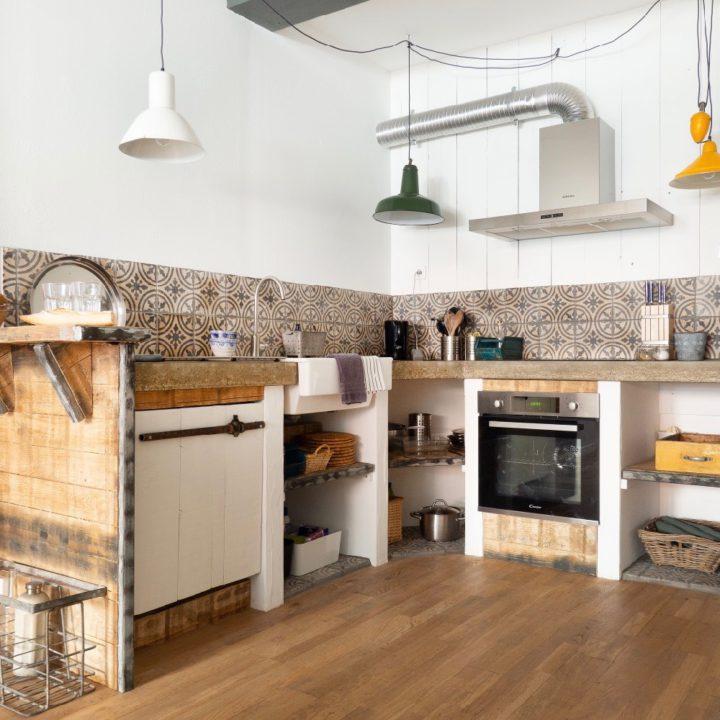 Keuken van vakantieappartement in Monflanquin