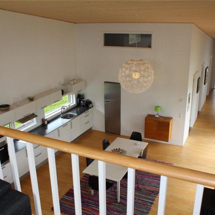 Vide met zicht op de keuken in het vakantiehuis op Funen