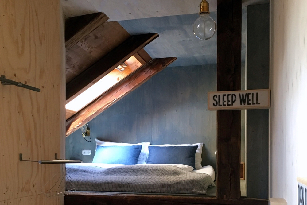 """Sleep well"" bordje in B&B"