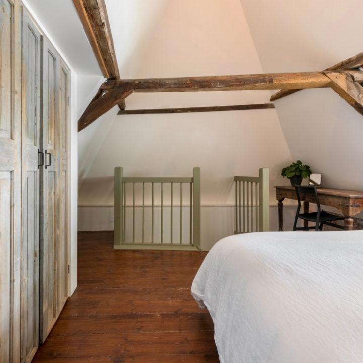 Slaapkamer boven aan de trap
