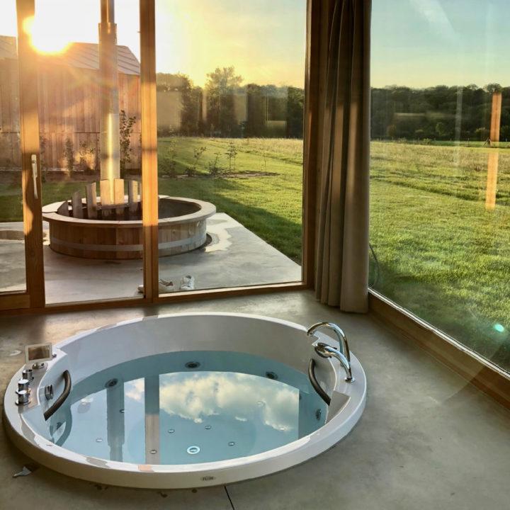 Natuurloft® Water heeft een bubbelbad en jacuzzi