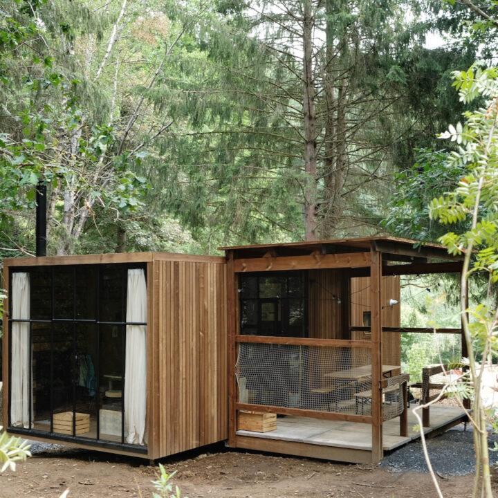 Cabin met overdekt terras in de bossen in de Ardennen