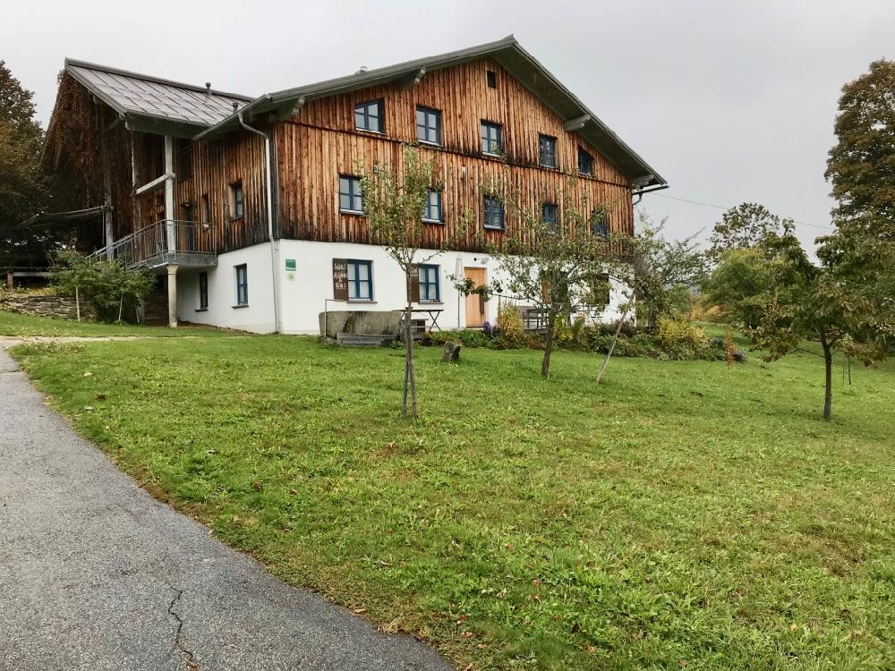 Vakantiewoning met meerdere appartementen in traditionele bouwstijl