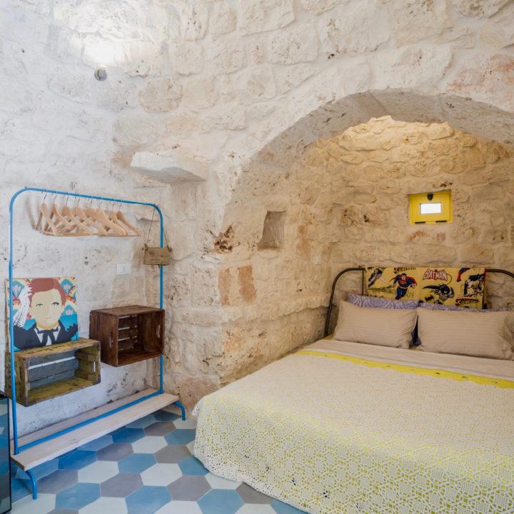 De knusse en romantische slaapkamer van Trullo Antico
