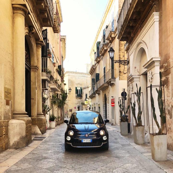 Fiat 500 in straten van Lecce