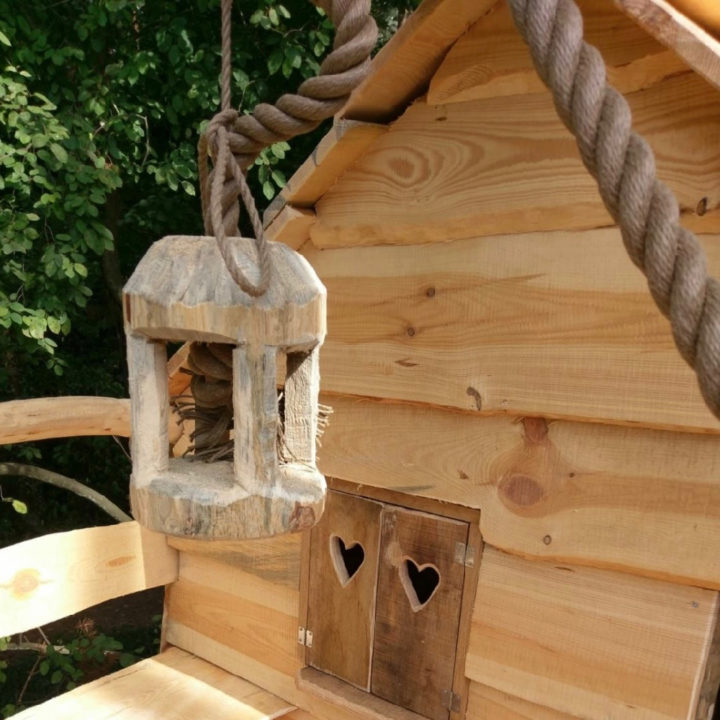 Een detail van de boomhut