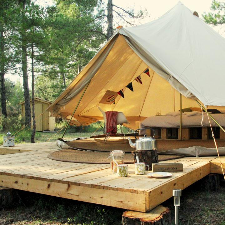 Een van de bell tenten