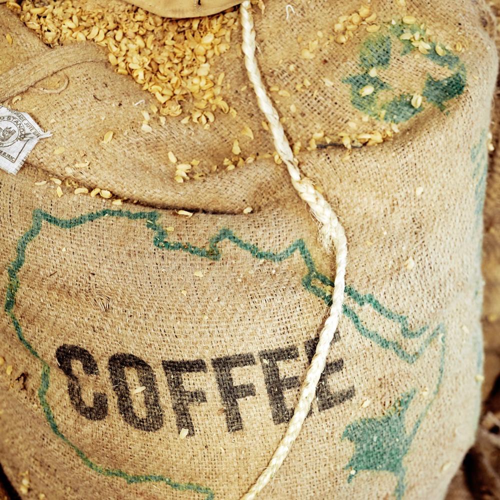 Jute zak met de letters COFFEE