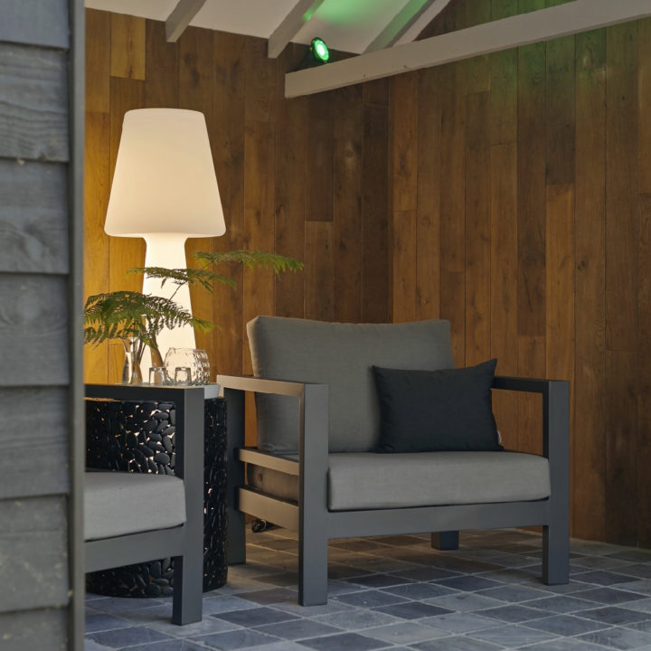 Veranda met zalige loungestoelen