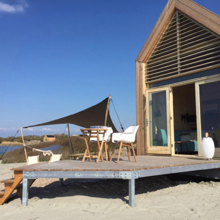 Tiny house op het strand