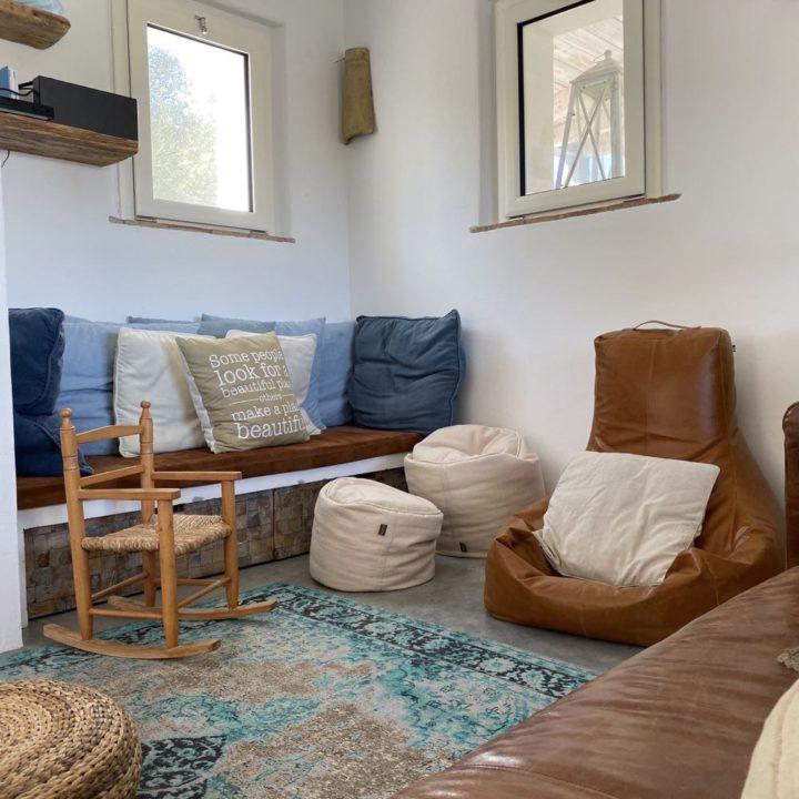 Heerlijke zithoek in het vakantiehuis op Sardinië