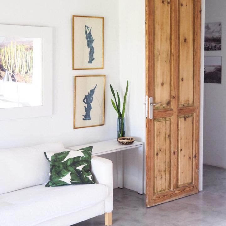 Moderne woonkamer van een vakantiehuis op Tenerife
