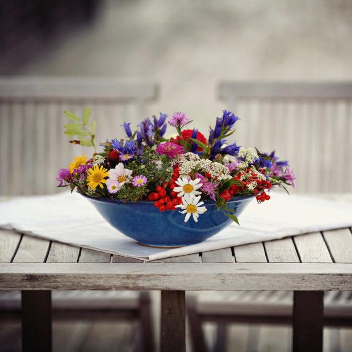 Tafel met bloemstuk