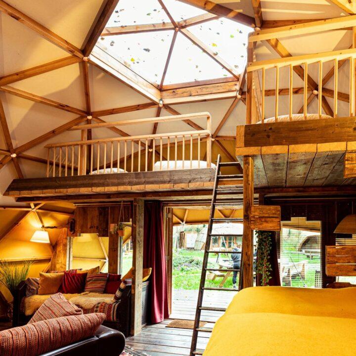 Dome met dakkoepel in Drenthe