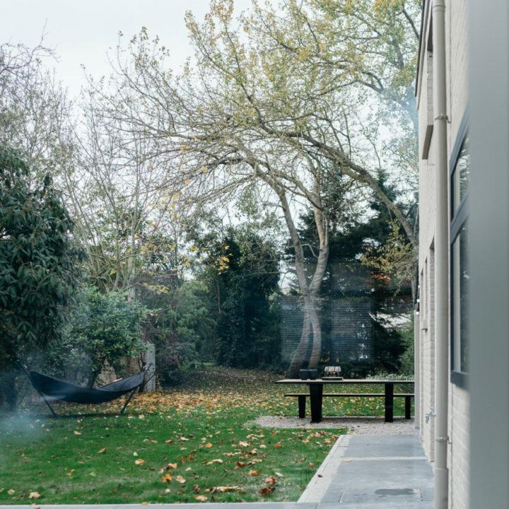 Tuin met hangmat bij het vakantiehuis