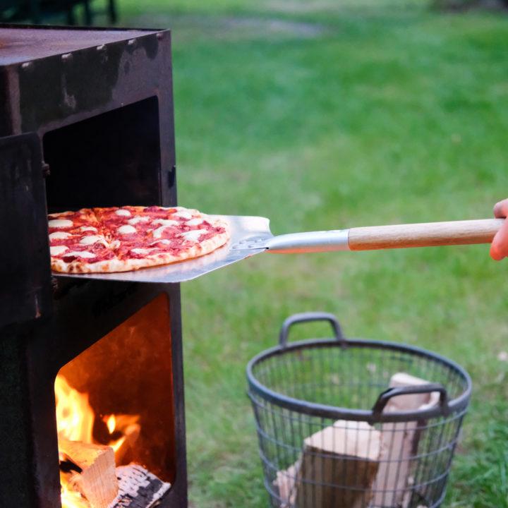 Pizza bakken in een Weltevree haard