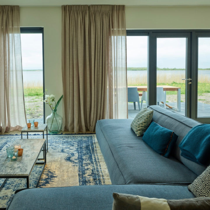 Zithoek in vakantiehuis in Lauwersoog