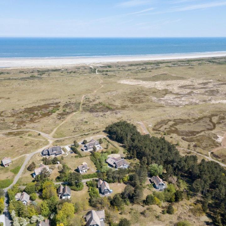 Vakantiehuizen op Ameland vanuit de lucht