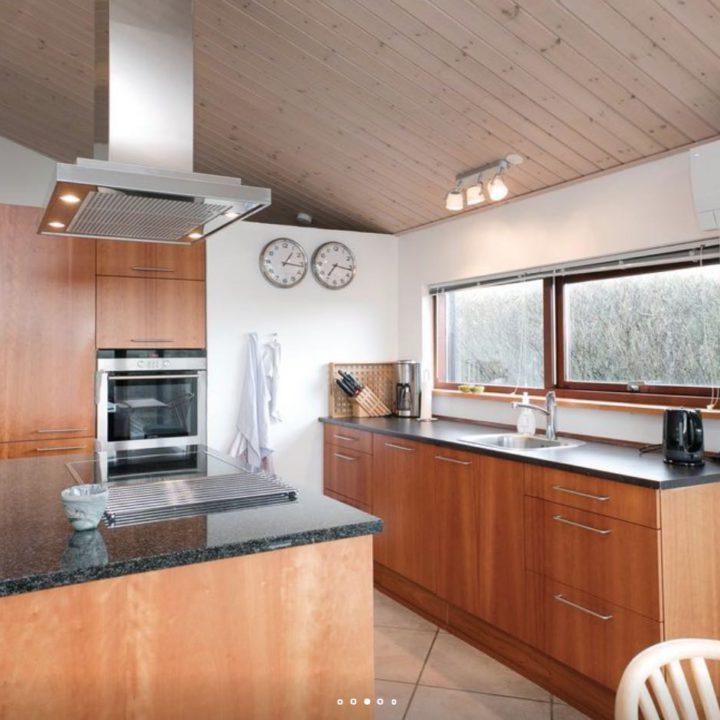 Keuken met kookeiland in het vakantiehuis