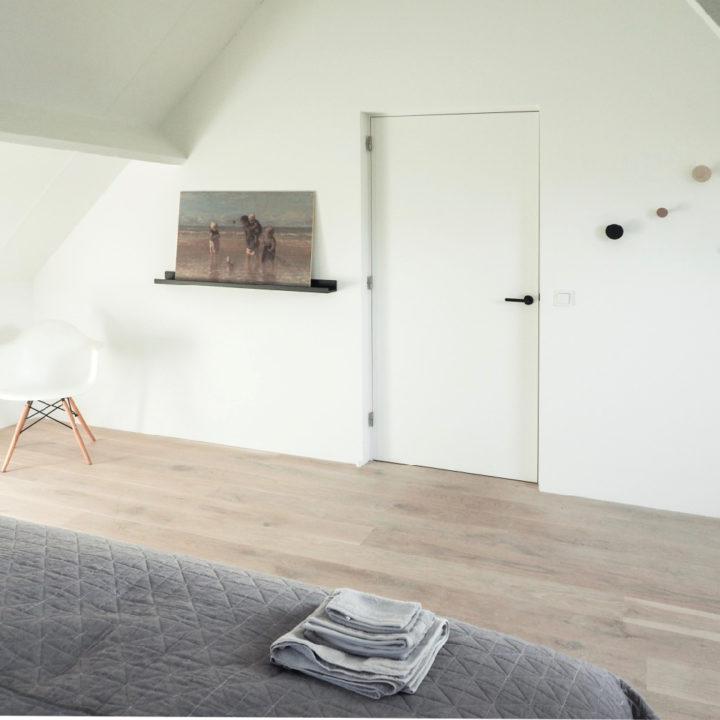 Ruime slaapkamer van een vakantiehuis