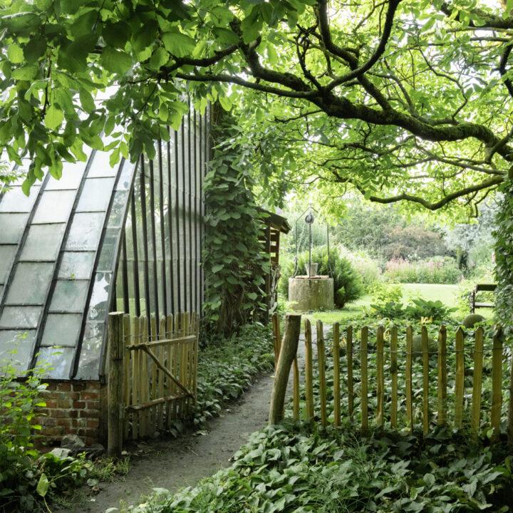 Tuin met historische kas in Breda