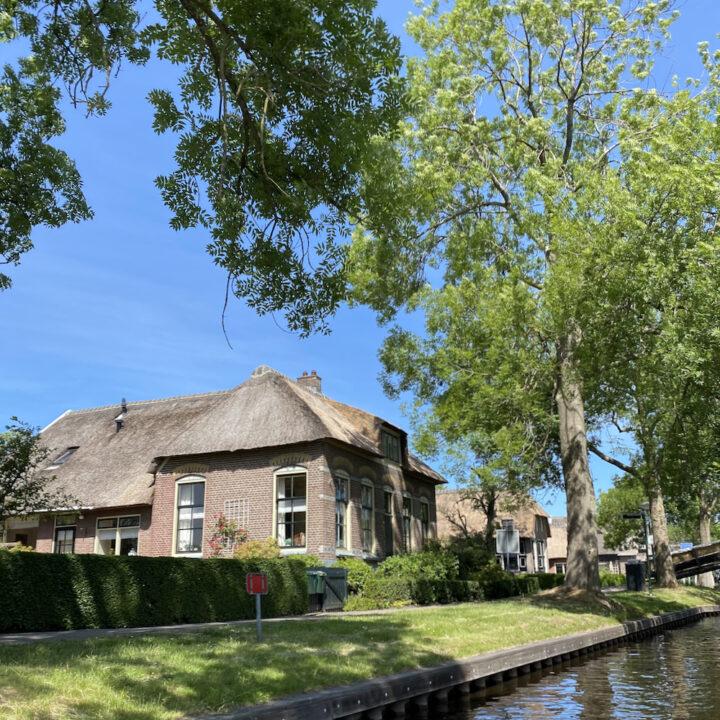 Karakteristieke boerderijen in Giethoorn